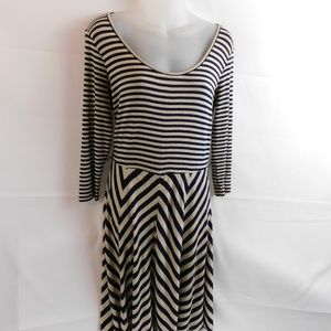 Calvin Klein Womens Dress Size 4 Stripes Blue
